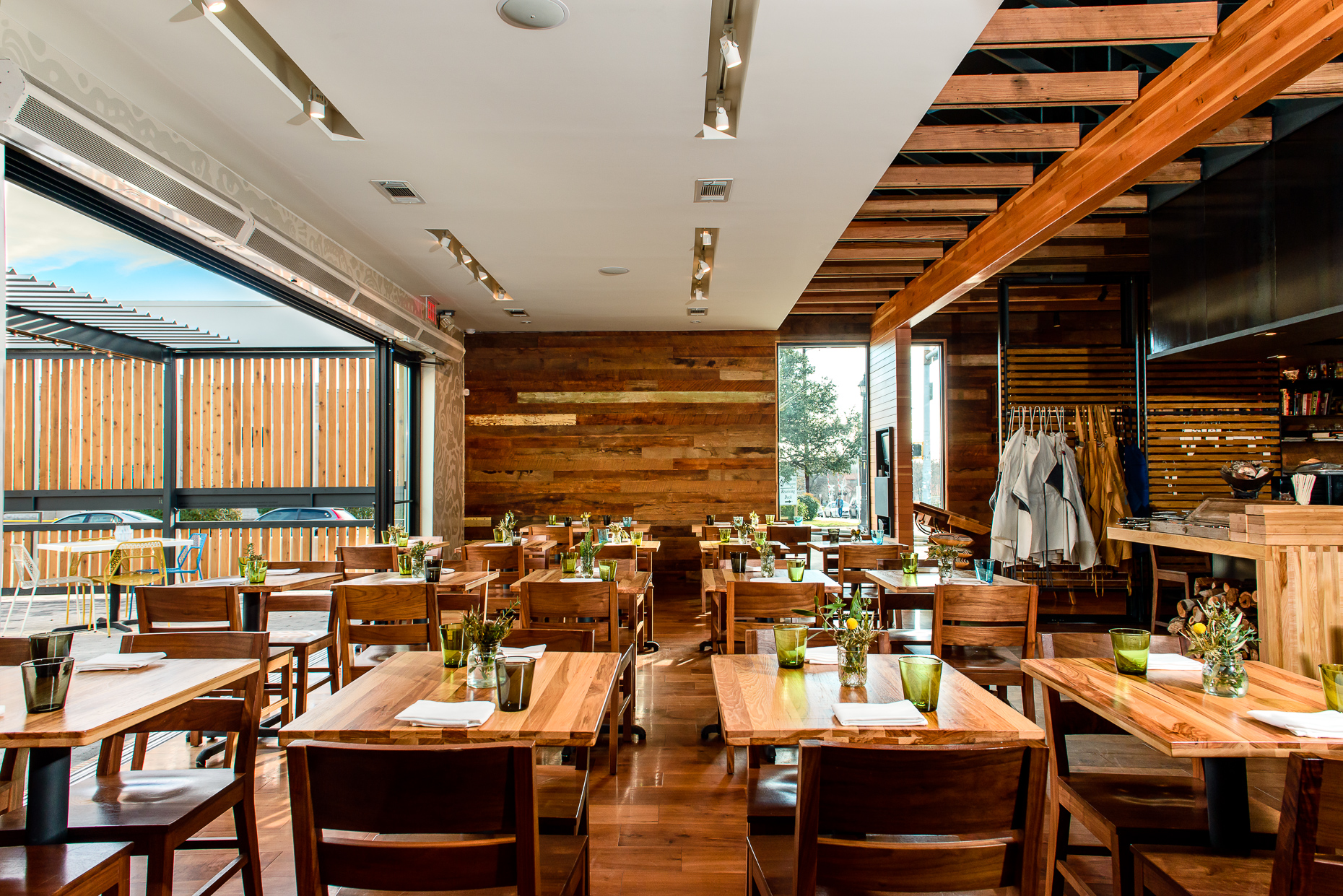 Austin-Commercial-Photographers-Architectural-Interior-Design-Qui-Restaurant