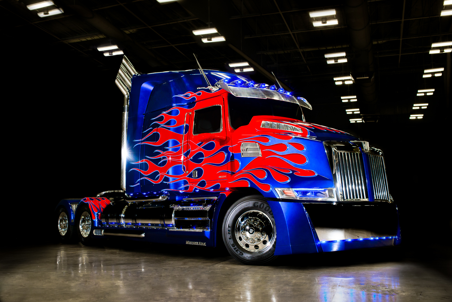 Austin-Commercial-Photographer-Optimus-Prime-Car2go