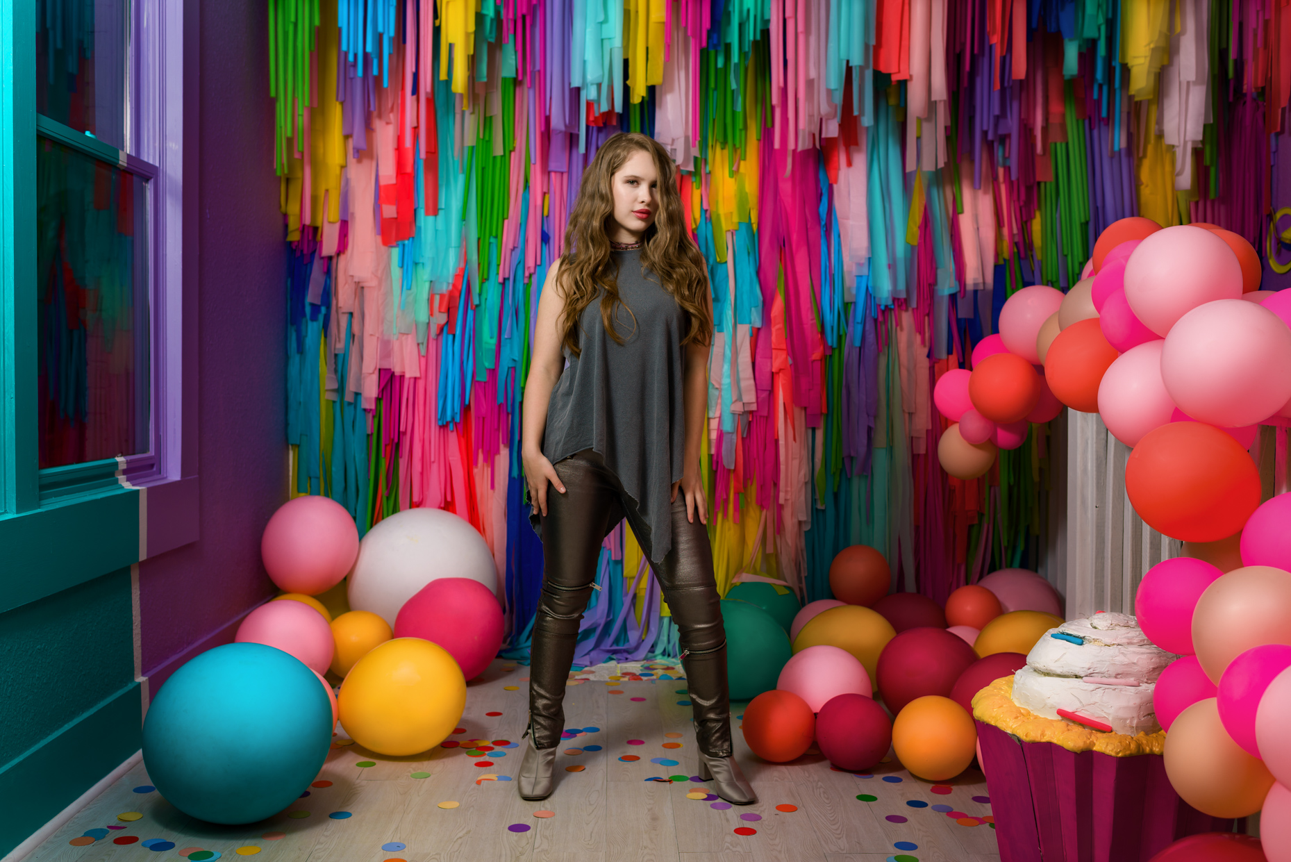 Austin-Editorial-Photographer-Madison-McWilliams-FOMO-Factory-Balloon-Room