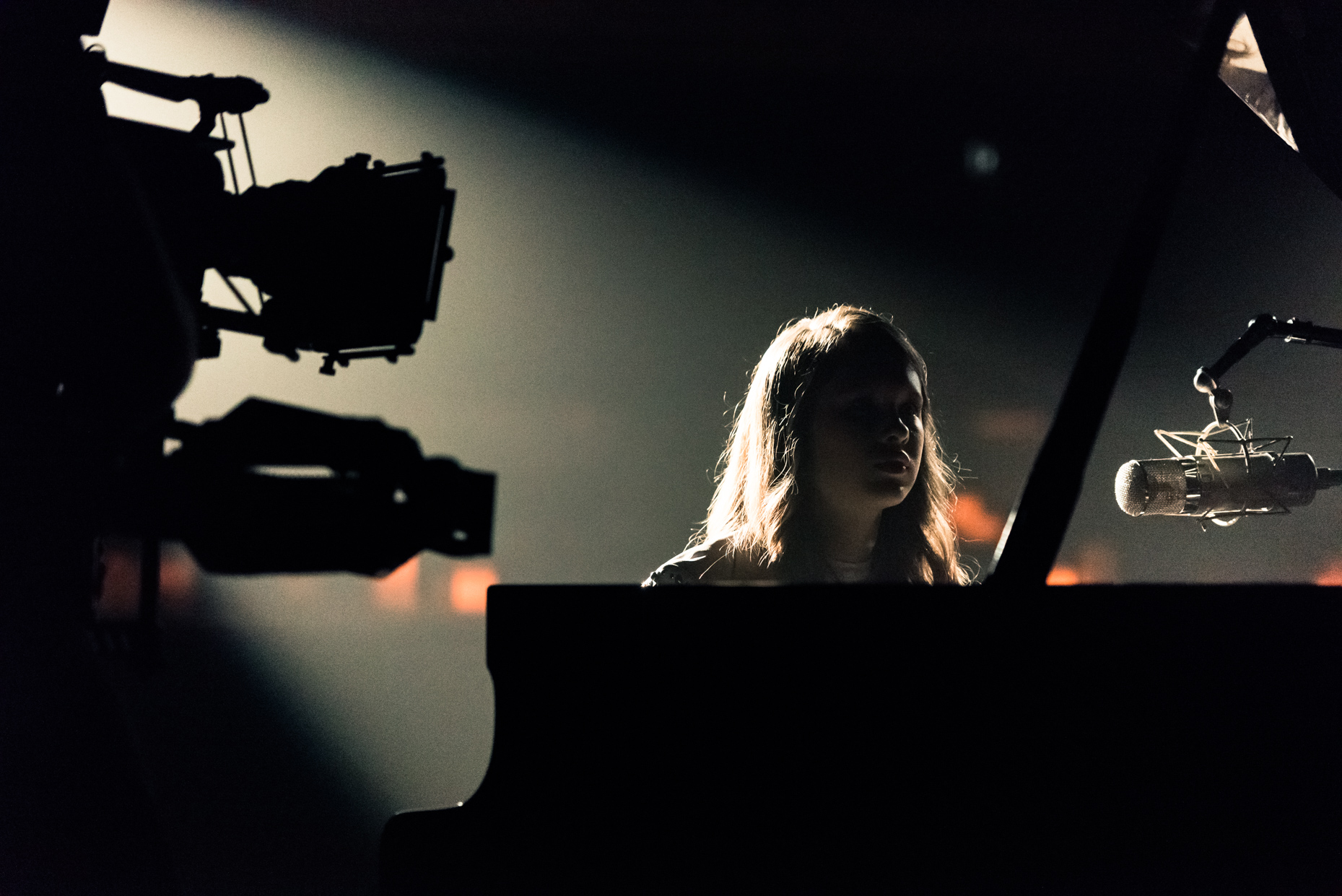 Commercial-Austin-Music-Photographers-Madison-Mcwilliams-Behind-the-Scenes-Video-Camera-Piano-Performance