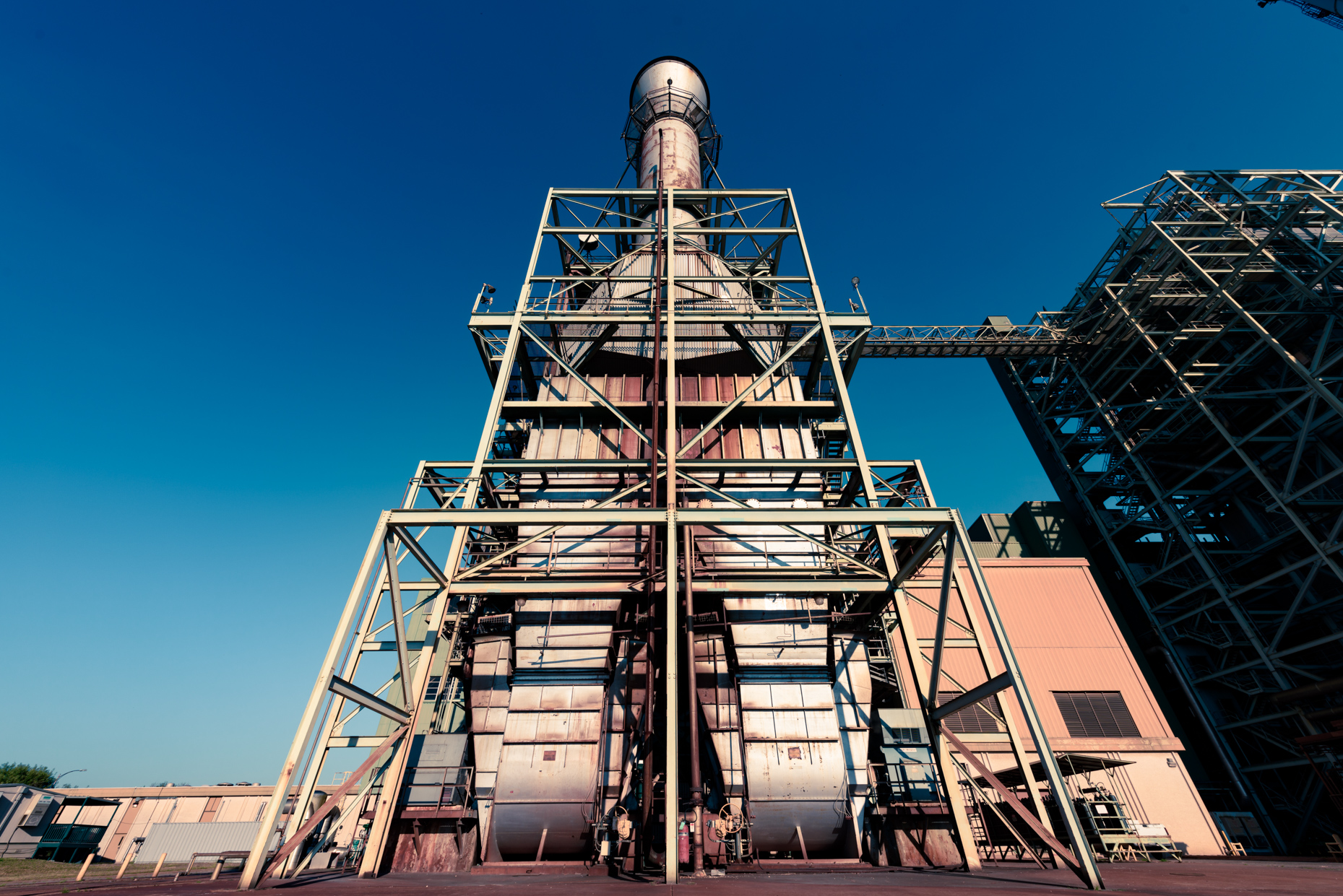 /Texas-Commercial-Industrial-photographers-Austin-Energy-power-plant-exterior-furnace